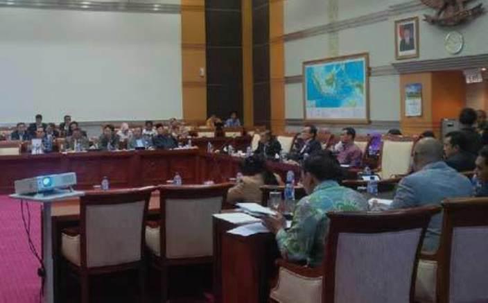 Pemerintah Tolak Ponsel 4G Tanpa TKDN Masuk ke Indonesia