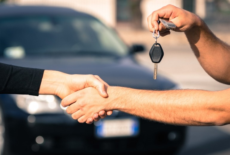 7 Tips Memilih Sewa Mobil