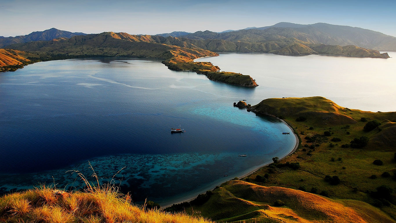 7 Tempat Wisata Yang Menarik Di Indonesia