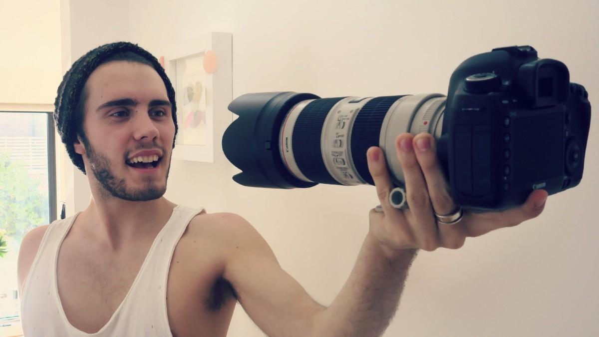 Tips Cara Menjadi Vlogger YouTube Yang Sukses Menghasilkan Duit