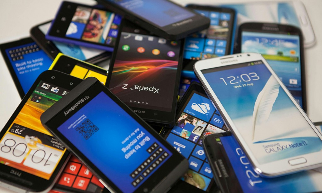 Kelebihan dan Kekurangan Handphone Black Market