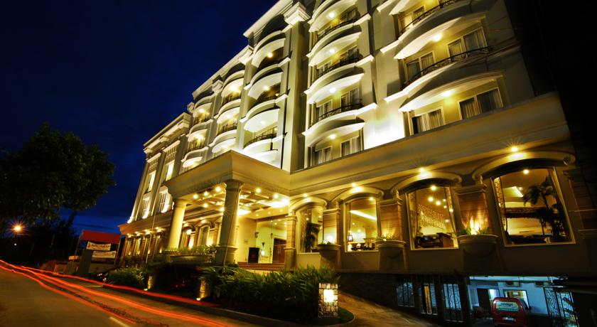 12 Hotel Terbaik Di Makassar