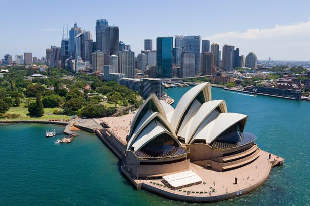 Menikmati Pemandangan Kota Sydney memakai fantasea Cruising