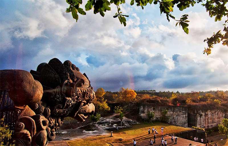 5 Tempat Wisata di Bali yang Wajib Dikunjungi