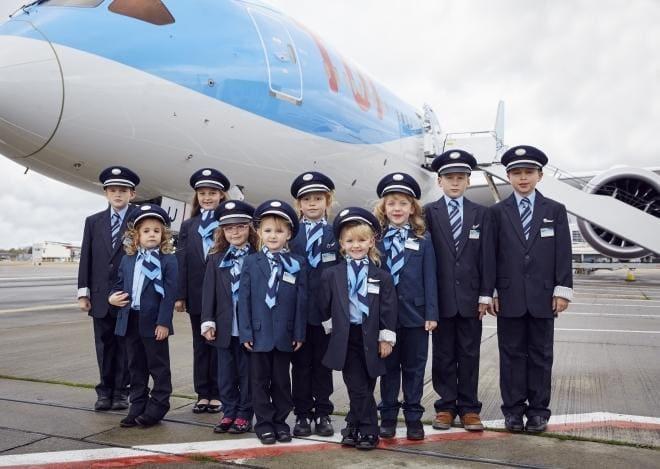 Area Bermain Untuk Anak Anak di Atas Pesawat