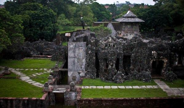 Liburan ke Kota Cirebon dan Mengenal Bangunan-Bagunan Bersejarah