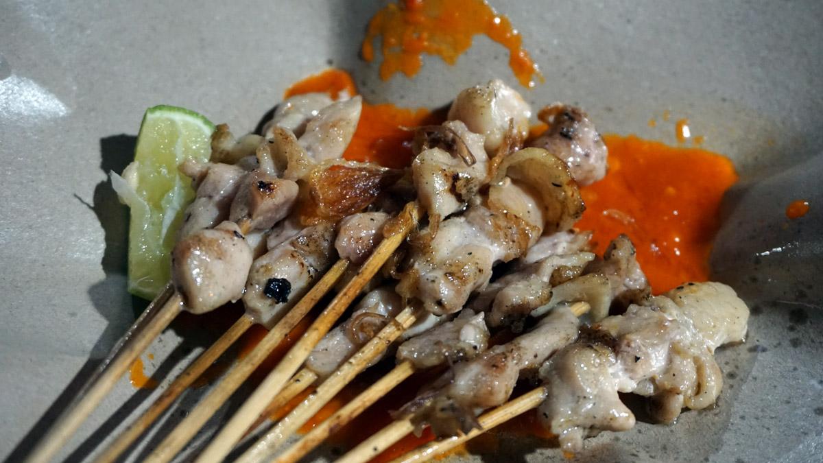 Pedasnya Sate Taichan Bikin Nagih