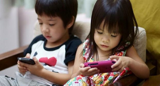4 Tips Untuk Menghindari Si buah Hati Kecanduan Gadget