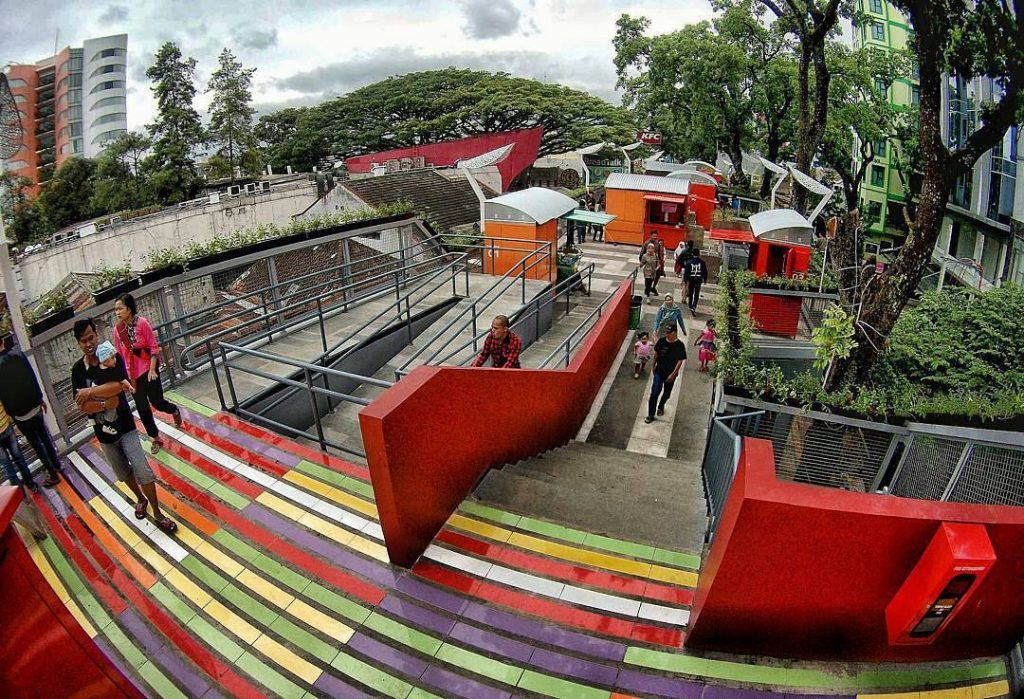 Populer, Objek Wisata Baru Teras Cihampelas Bandung, Skywalk Urutan Kedua Setelah New York.