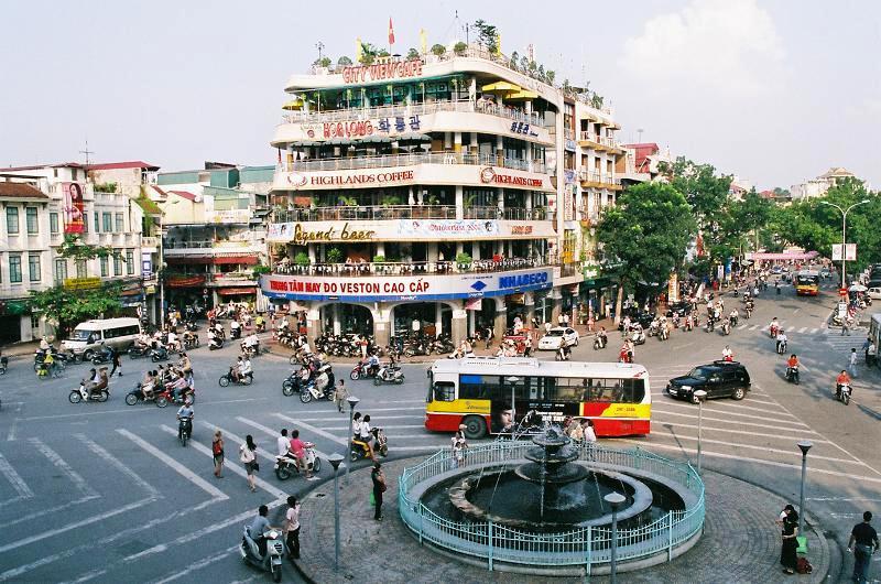 5 Alasan Harus Berkunjung Liburan ke Hanoi Vietnam