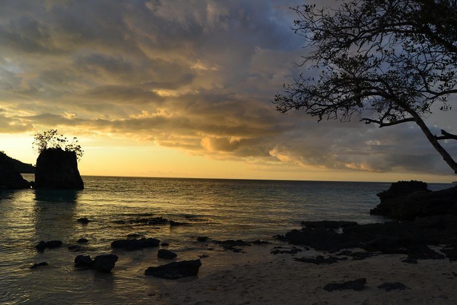 Keindahan Pantai Bambarano di Sulawesi Tengah yang Jarang Orang Tahu