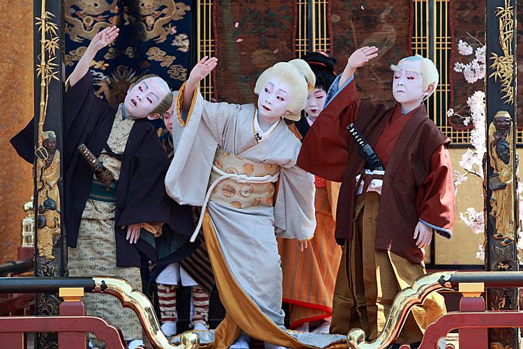 Pementasan Budaya ini Menjadi Tontonan Wajib Ketika Ke Jepang