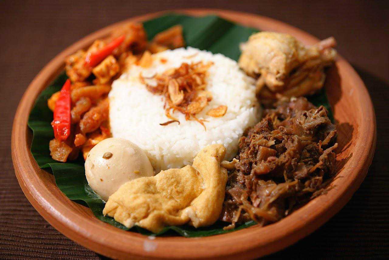 3 Tempat Kuliner Legendaris di Yogyakarta Yang Wajib Dikunjungi