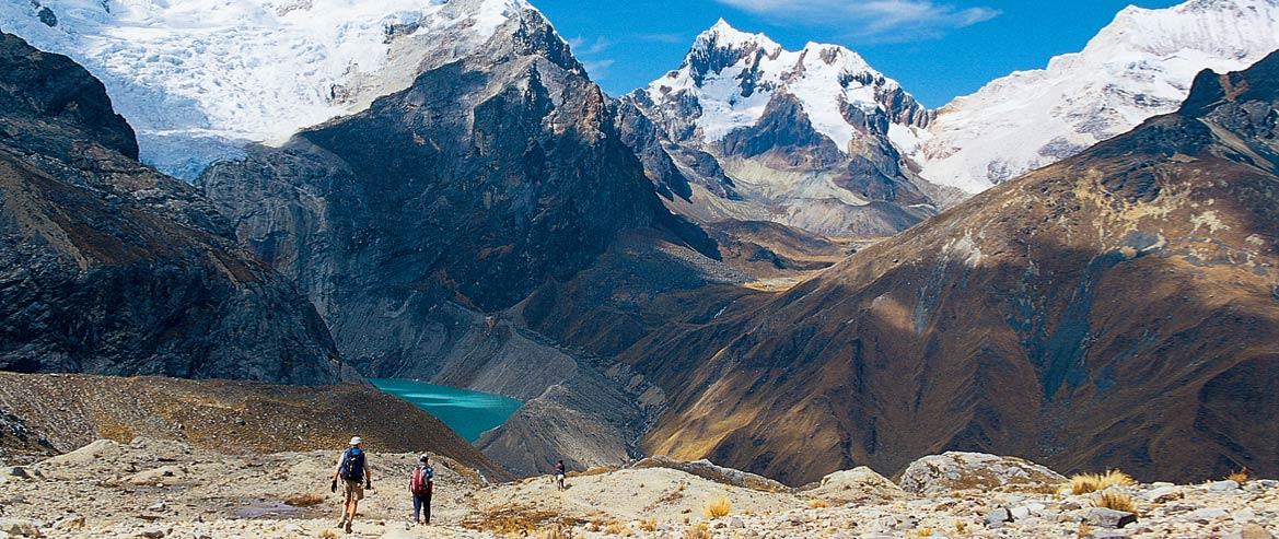 Wow, Puncak Gunung Tropis yang Paling Tinggi di Dunia Ternyata Ada di Peru