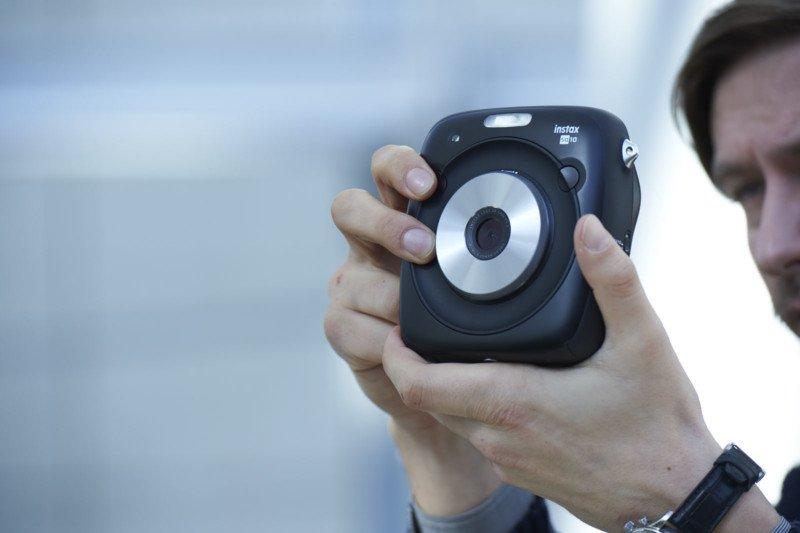FujiFilm Luncurkan Kamera Instan yang Instagramable