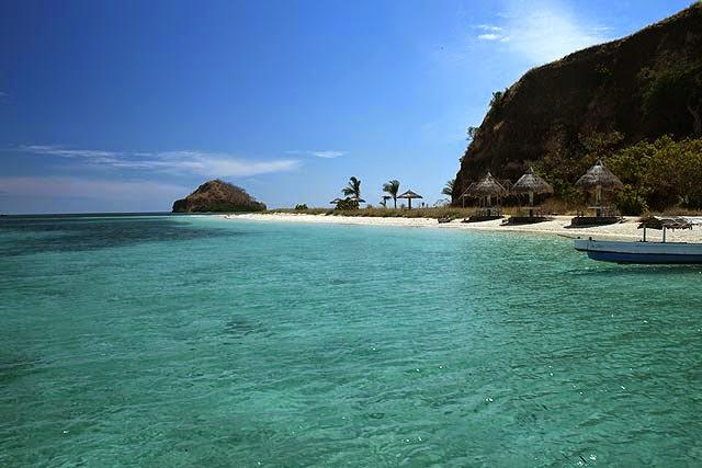 Cantiknya Pantai di Pulau Burung NTT Bikin Takjub