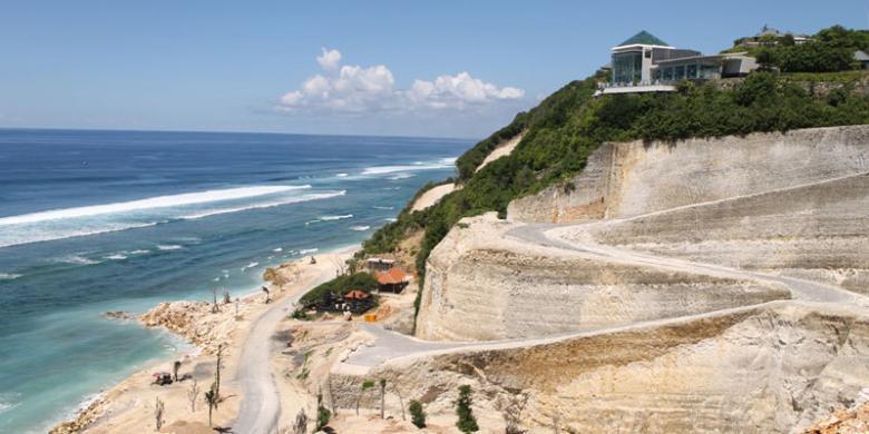 Pantai Melasti, Mutiara Cantik Dari Pulau Bali