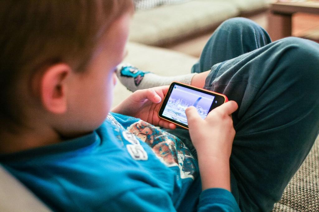 Bermain Video Game Dapat Menjadi Obat untuk Penyakit Otak, Benarkah?