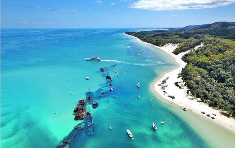 Mari Berkunjung Ke Pulau Moreton, Banyak Hal Menarik Disana!