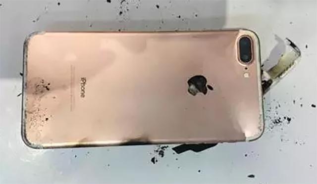 Ini Nih 5 Deretan Smartphone yang Pernah Meledak !