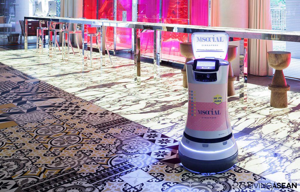 Wow, Hotel di Singapura Ini Pekerjakan Robot untuk Pelayanan Kamar