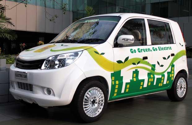 PLN Ingin Mobil Listrik Peroleh Tempat Parkir Khusus