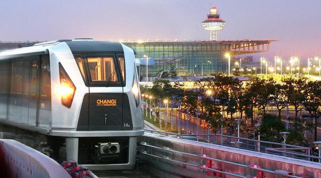 Skytrain Bandara Soekarno-Hatta Resmi Dioperasikan