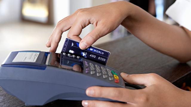Benarkah Gesek Kartu Nontunai Kena Biaya 3% ?