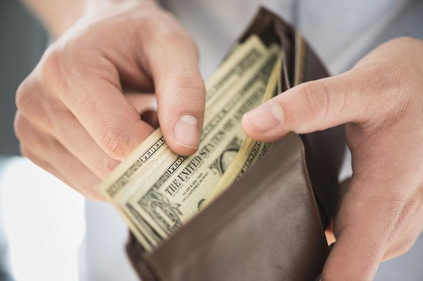 Simak Alasan Uang Tunai Lebih Baik Digunakan Ketika Belanja !