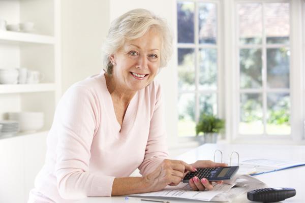 Cara Alokasikan Dana Pensiun Dini untuk Kaum Perempuan