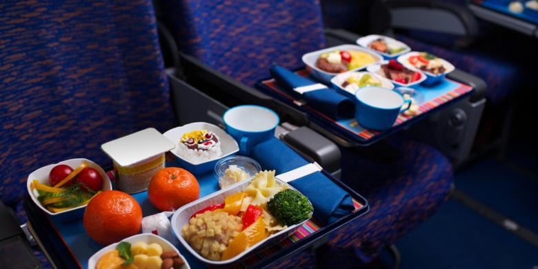 Amankah Konsumsi Hidangan Panas di Pesawat ?