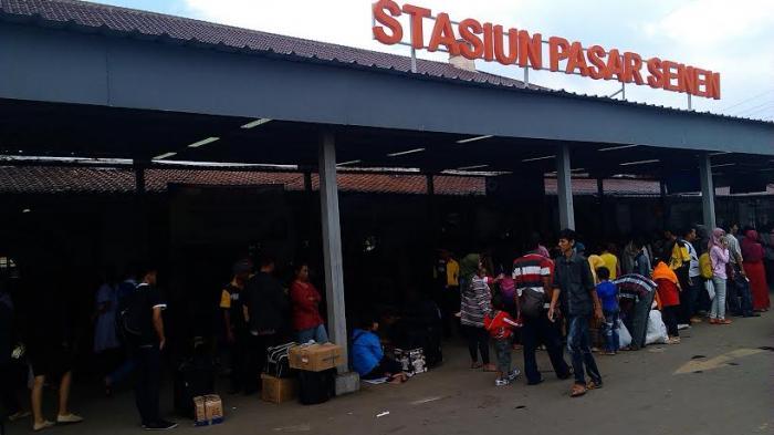 Dirut KAI Minta Dukungan Pemerintah Terkait Penataan Stasiun Pasar Senen