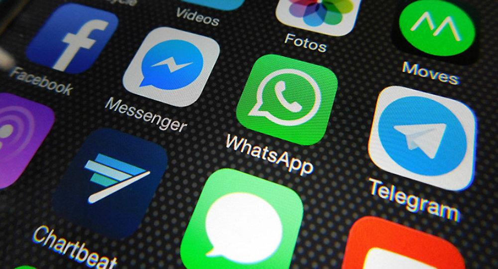 Menkominfo Ajak Masyarakat Untuk Gunakan Chat Lokal