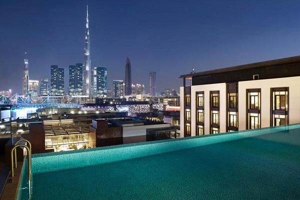 3 Kolam Berenang  di Dubai dengan Pemandangan Menakjubkan